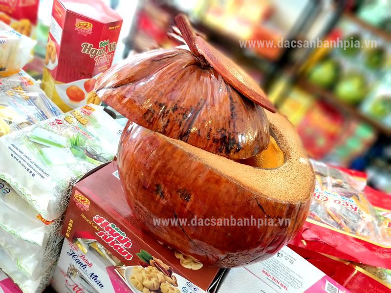 Vỏ bình giữ ấm trà hình trái dừa, nét văn hóa Việt Nam